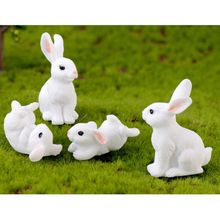 Resin  Home Green Cute Rabbit DIY Mini Decorations Happy Family Micro Landscape Cartoon Gift Household Baby Toy