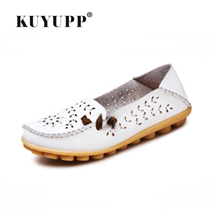 KUYUPP Cow Leather Women's Shoes Hollow-out Casual Loafers Driving Moccasins Flats Shoes Slip-on Mother Shoes Size34-44 YDT19 branded men s penny loafes casual men s full grain leather emboss crocodile boat shoes slip on breathable moccasin driving shoes