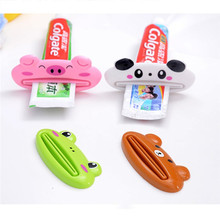 Random color Lovely Animal Tube Squeezer Cartoon Bathroom Toothpaste Dispenser Easy Squeeze Paste Dispenser, Pig Panda Frog Bear