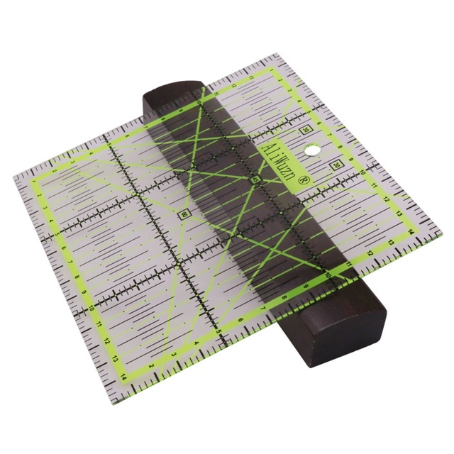 1 Pcs DIY Hand Too Patchwork Ruler Home Garden Arts Crafts Sewing Needle Arts Craft Sewing Tools Accessory 15 * 15*0.2cm