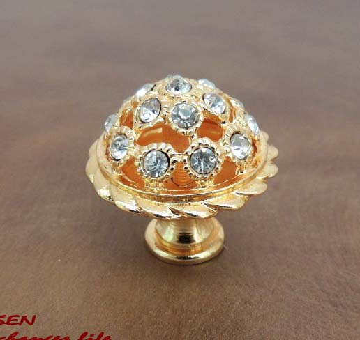 4pcs/lot gold Crystal cabinet Knobs and handles, Sparkle crystal Cabinet Knob Drawer Pull Handle Kitchen Door Wardrobe Hardware 10 pcs 30mm diamond shape crystal glass drawer cabinet knobs and pull handles kitchen door wardrobe hardware accessories