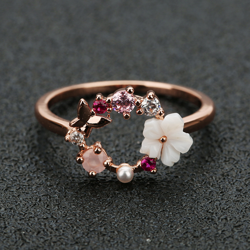 Fashion Creative Butterfly Flowers Crystal Finger Wedding Rings for Women Rose Gold Zircon Glamour Ring Jewelry Girl Gift Bijoux(China)