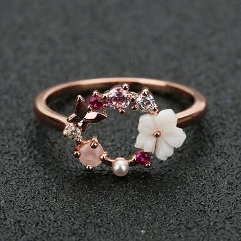 Moda kreatywne kwiaty motyle kryształowy palec obrączki dla kobiet różowe złoto cyrkon Glamour pierścień biżuteria dziewczyna prezent Bijoux tanie i dobre opinie Aphseem CN (pochodzenie) Miedziane Kobiety KRYSZTAŁ TRENDY Obrączki ślubne PLANT As picture Zgodna ze wszystkimi J1019