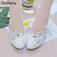 Sorbern Beyaz Çiçek Dantel Kristaller Düğün Ayakkabı Yuvarlak Ayak Gelin Ayakkabı Üzerinde Kayma Pompalar Yüksek Topuklu Kadın Topuklu Gelinlik Ayakkabıları