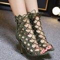 Sandálias das senhoras do verão moda de Metal buckle mulheres botas tiras Cruzadas sexy mulheres bombas dos saltos altos sandalias mujer Tricolor