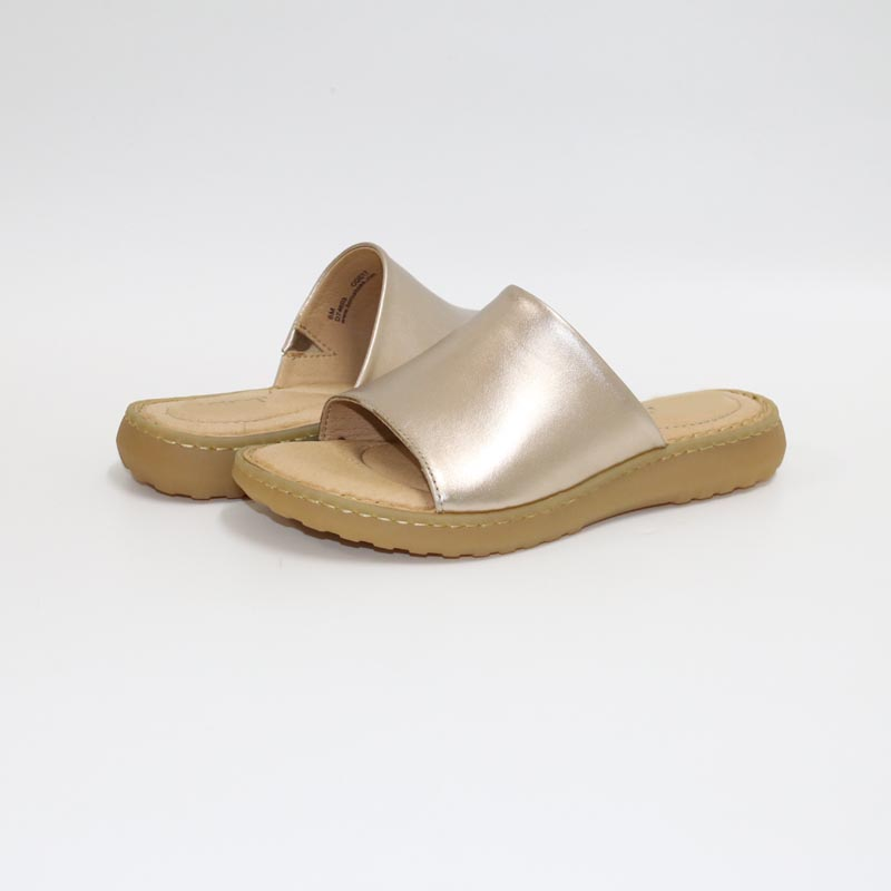 Leather slippersAir cushioned women s shoesWomen slippersComfortable hand sewn slippersThick bottom slippers