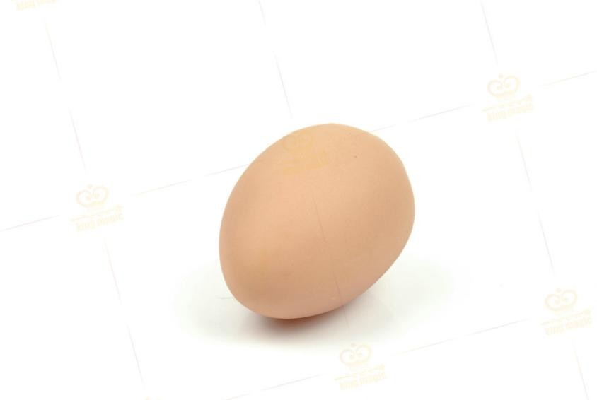 100pcs Funny simulation soft rubber Jokes Egg toy 12g Prank Fart Joke egg magic trick egg toy there is a bad egg in kitchen d11