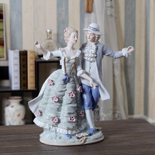 Casal de Porcelana Ornamento para Decoração Casa e Coleção Europeu Antigo Escultura Nobreza Cerâmica Amantes Estátua Presente Artesanato Arte
