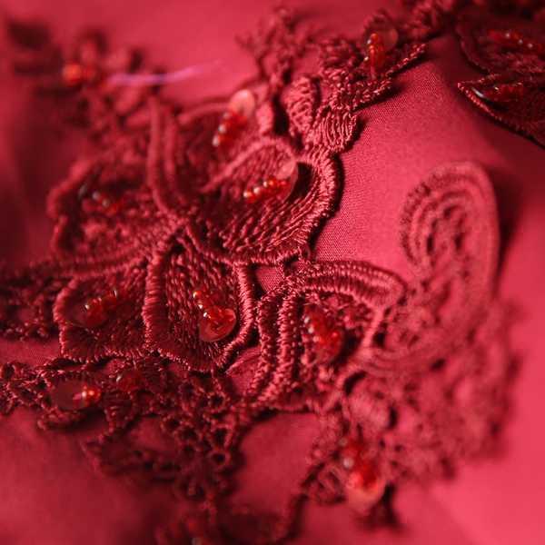 Размера плюс cheongsam в традиционном китайском стиле с вышивкой 2017 женские длинные кружевные красные свадебные qipao платья высокого качества Руса