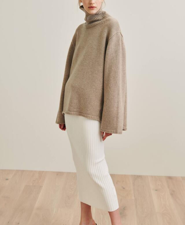 Cambridge knit beige melange stand up turtleneck collar Long Sleeved voluminous Sweaters rib knitted Hem Oversized