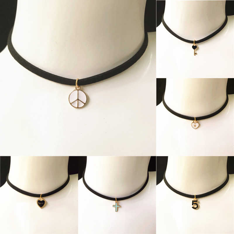 Ladies Handmade Peace Love Lock Pendant Suffix Short Sleeve Necklace Gothic Series Cross Clock Key Black Velvet Collar Necklace
