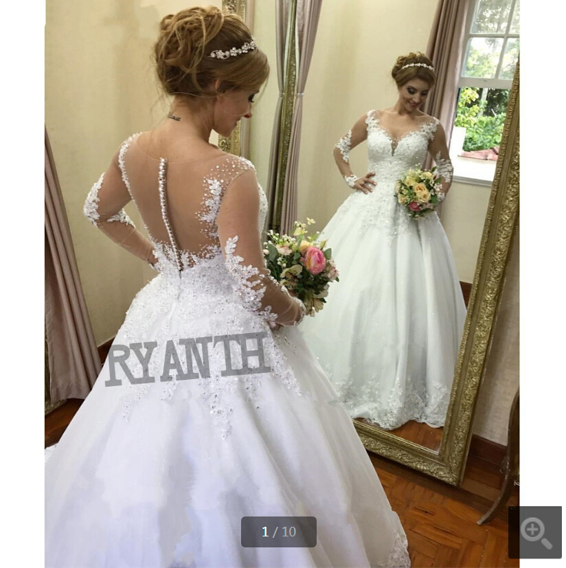 2019 Ball Gown White Lace Appliques Princess Puffy Wedding Dress Long Sleeve Scoop Neckline Court Train Beaded Bridal Gowns