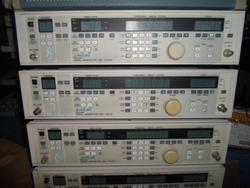 Generador de señal FM de JSG-1051B AM usado