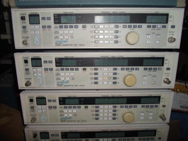 JSG 1051B AM FM Signal Generator Used