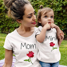 rose mother daughter tshirt mommy and me clothes family matching outfits look mom and daughter dress mum baby dresses clothing(China)