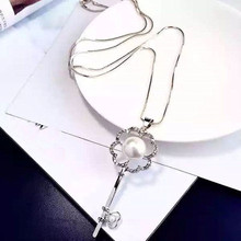 Charm Key Design Long Pendant Necklace 2019 Fashion Simulated Pearl Rhinestone Necklaces & Pendants For Women Girls Gift