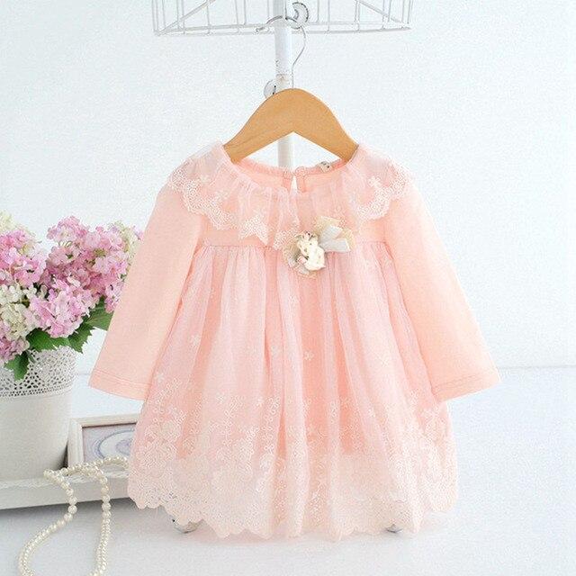 רקמת הכותנה שמלת תינוק חמודה תינוק תינוקת בנות 0-2Y יום הולדת שמלת תינוק בגדי תינוקות עם 2 דוב צעצוע צבע