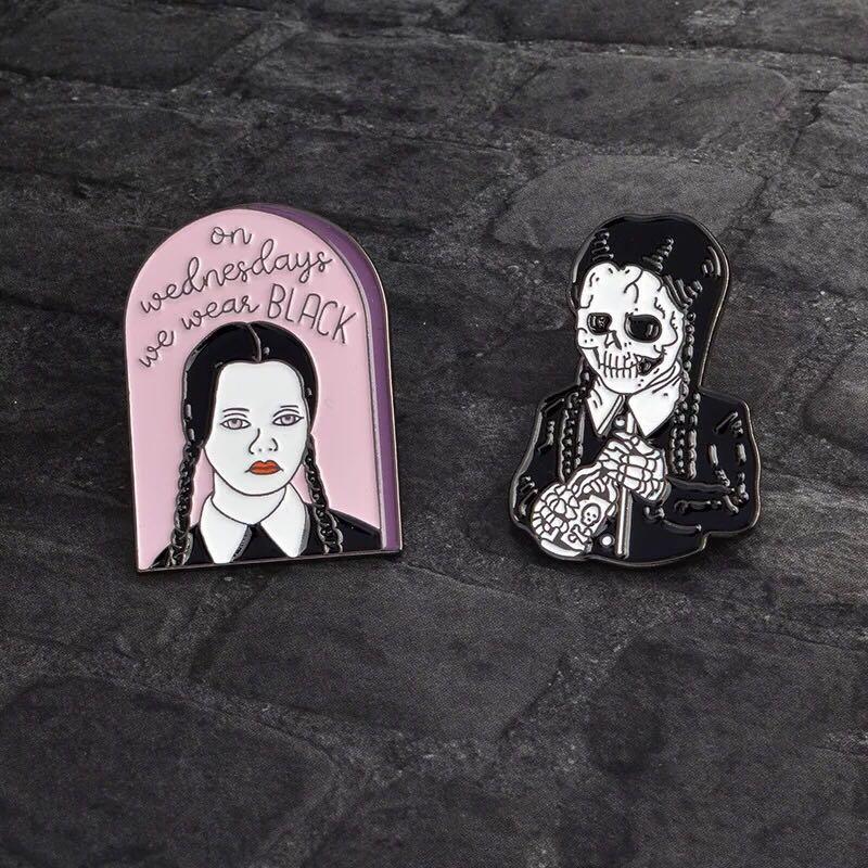Miss Zoe Adams Family Little Girl Skull Avatar Brooch Punk Retro Dark Enamel Badge Brooch Blouse Denim Jackets Cap Needle Gift