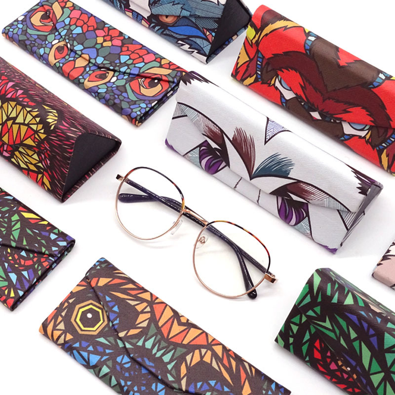 KLASSNUM New Triangle Foldable Glasses Case Cartoon Animal Eyeglasses Box Protable Sunglasses Container Eyewear Accessories