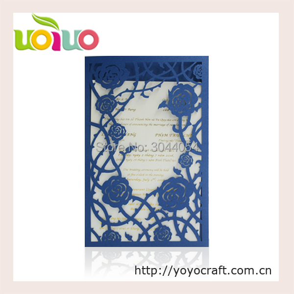 Romantic traditonal european style rose navy blue invitation card