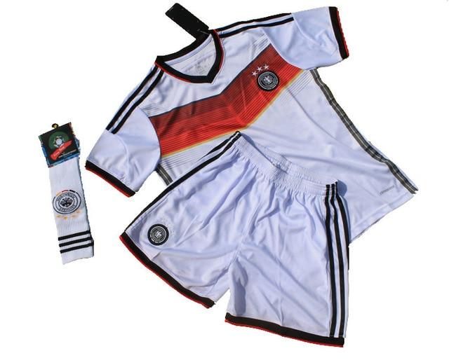 Alemania de fútbol jersey Home niños ropa bebé niño BB deportes de los  jerseys uniformes traje 62b795f643c67