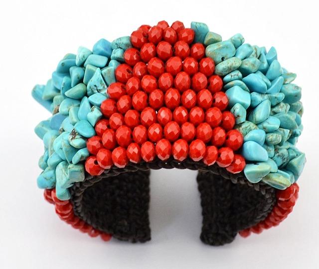 Moda de Alta Qualidade Multicamadas Missangas Pedra Natural Turquesa Africano big Flor Cuff Bangle Bracelet Jóias Étnicas