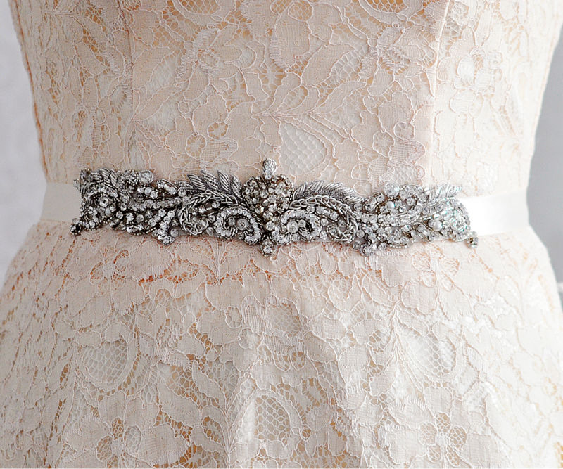 TOPQUEEN FREE SHIPPING S325 Crystal Wedding Belts Rhinestone Crystals  Beaded New Bling Bridal Belt Wedding Accessories For partyUSD  18.99-19.99 piece ... 55228677cdce