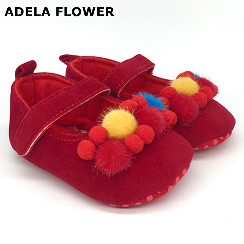 Adela Flower 2017 Autumn/Winter Cute Fur Ball Baby Girl Soft Sole Crib Toddler Shoes For 0-18M Baby Newborn Shoes First Walkers