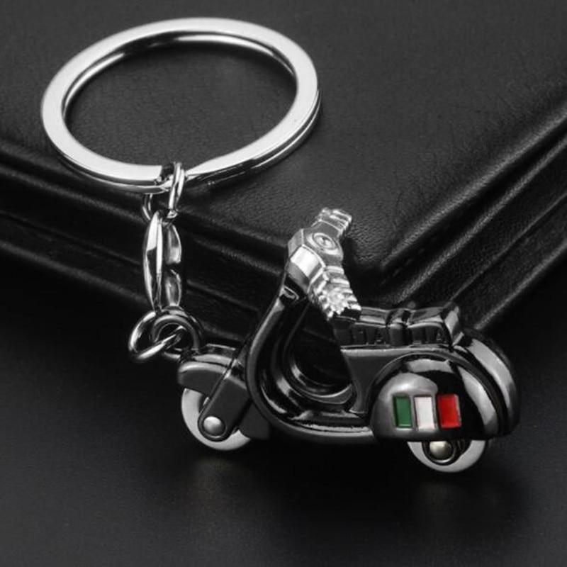 Metal Alloy Italy Flag Motorcycle Auto Key chain Keychain Car Key Ring Keyfob Holder For Honda Yamaha Suzuki Nissan Mitsubishi in Key Rings from Automobiles Motorcycles