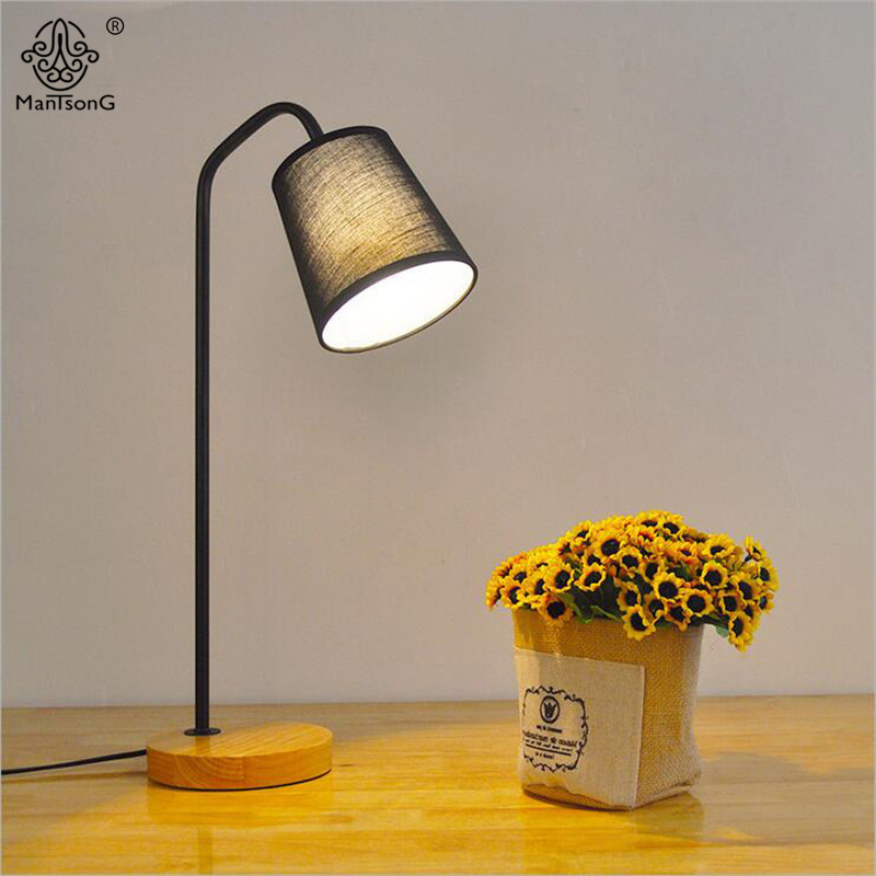 2017 New Modern Table Lamp E27 AC Wood Desk Read Light with Fabric Lampshade Fashion Decoration For Bedroom Living Room Lighting decorative table lamp vintage wood plastic rustic style brief modern lampshade living room bedroom 110 220v desk light 1936