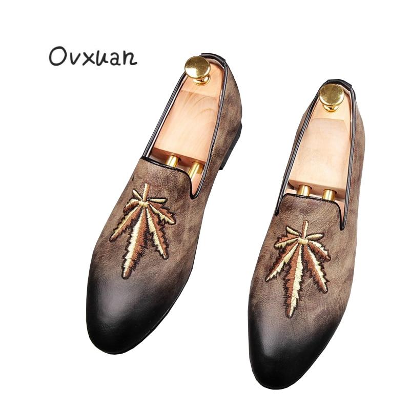 Glissement Noir Feuille Style Hommes Des Main Chaussures Mariage Mocassins D'or Partie Mode De Nouveau Fond marron gris Ovxuan Occasionnel Rouge La À Sur Plat Broderie N8nXZO0wPk
