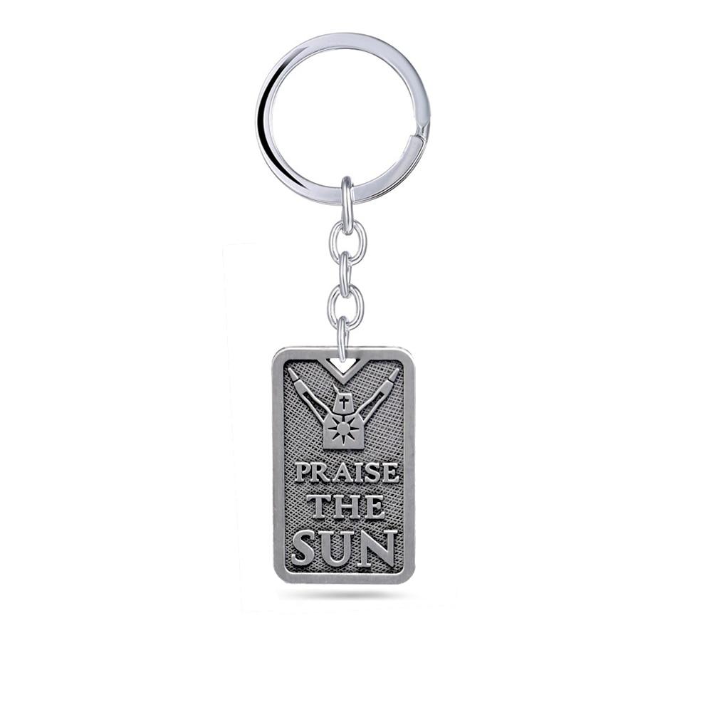 Dark Souls 3 Keychain praise the sun Solaire of Astora Pendant Metal chaveiro Key Ring bag charm Key Chain Game Jewelry