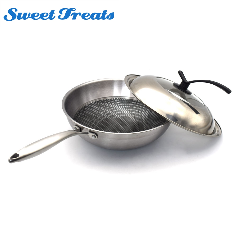 Sweettreats 32cm Floating beehive Nonstick Pans Cookware Smokeless Wok Cooking Pots Pans With Stainless Steel Lid Long Handle