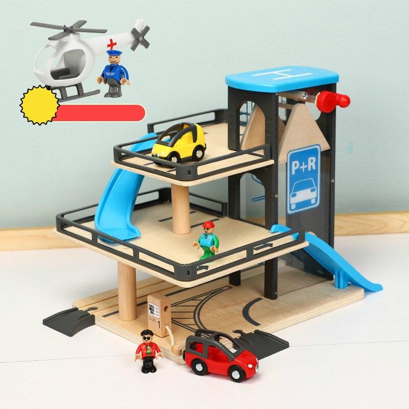 La voie de voiture soulève le stationnement en bois de voie Compatible avec Thomas et Brio la voie en bois de Train les jouets inertiels de glissement de main d'enfants