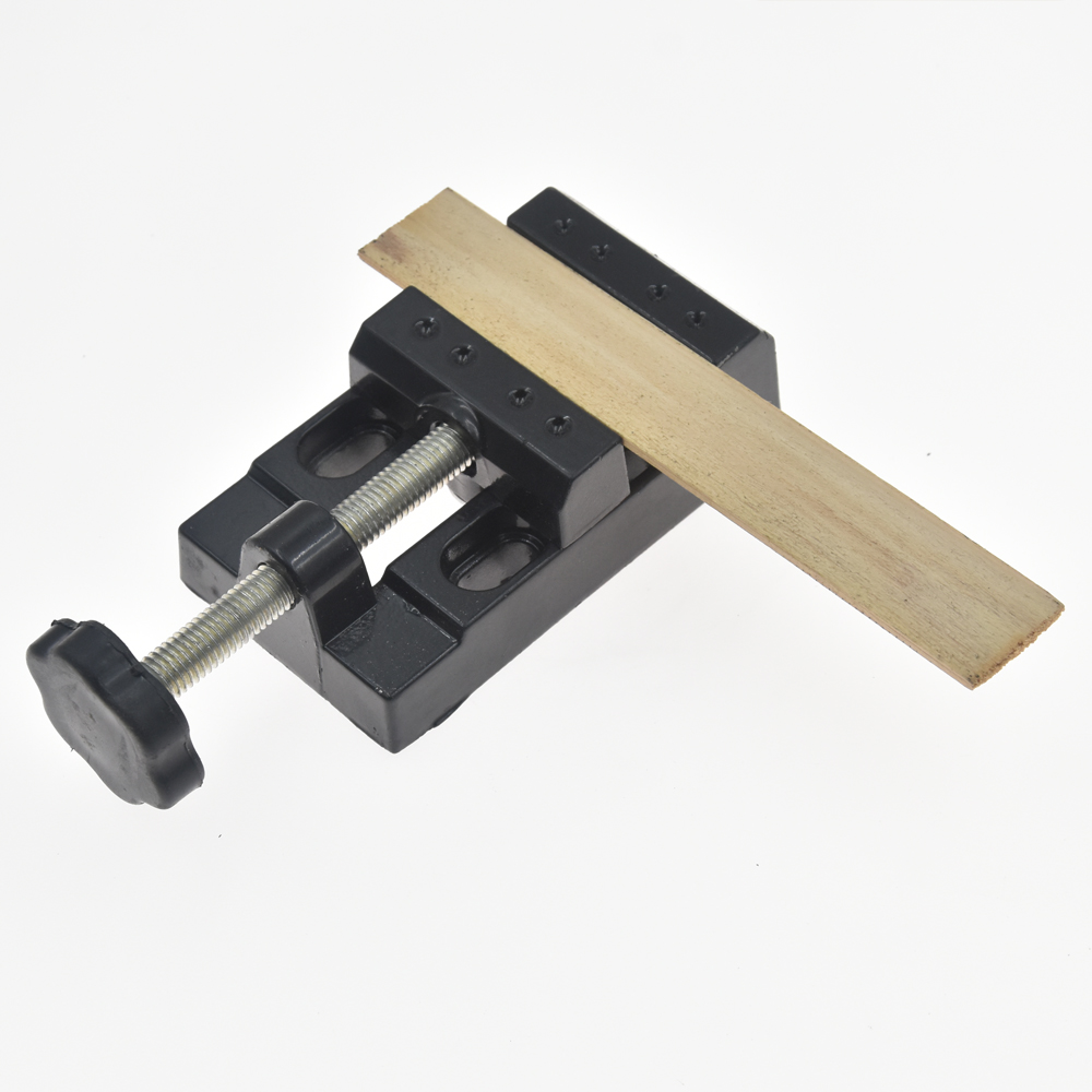 Us 9 9 49 Off 1pcs Mini Aluminum Alloy Table Bench Vise Wood Nuclear Carving Jewelry Craft Woodworking Diy Toys Parts Model Clip Clamp In Vise From