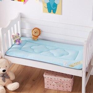 Image 2 - 60x120 centímetros Portátil Crianças Berço Do Bebê E Da Criança Colchão Capa Almofada Respirável Portátil Removível E Lavável