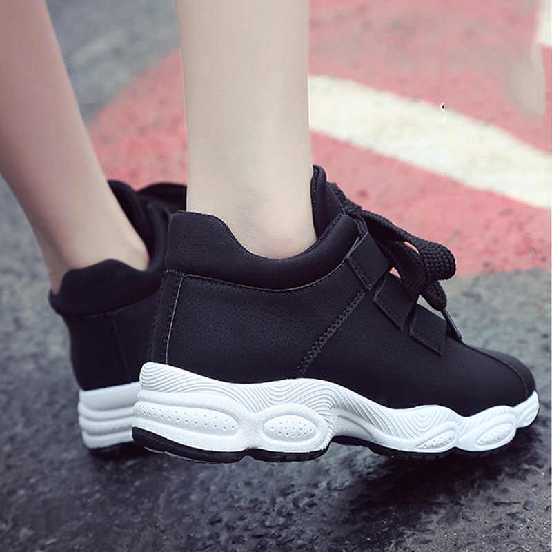 2c8a89b4 Quanzixuan-2018-Female-Vulcanized-Shoes-Autumn-Women -Platform-Shoes-Chunky-Lace-Up-Casual-Sneakers-Women-Flats.jpg_q50.jpg