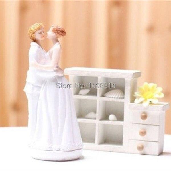 Couple Can T Buy Wedding Cake