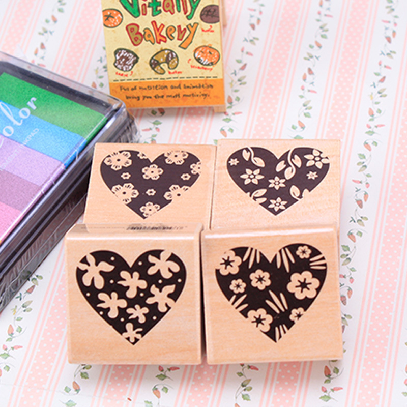 4pc/SET Assorted Retro Vintage Love Heart Pattern Wooden Rubber Stamp Scrapbook DIY Floral Lace Decoration Stamp High Quality цифровая камера other great create lisa pavelka rubber stamp set exotique strip