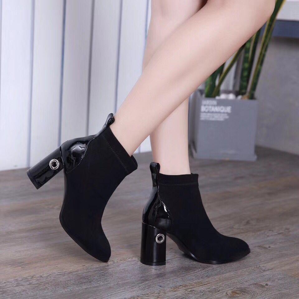 Confortable Véritable Arrivée Slip Chaussures Cuir Court Bout Nouvelle Talon Haute En Femmes Et Rapide Livraison Rond Sur D'hiver Bottes 2018 Automne p7dz7Uwq