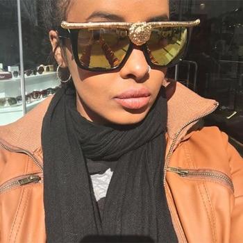 Fashion New Brand Big Designer Classic Luxury Wild Lion Head Queen Style Women Sunglasses Cat eyes Metal Eyebown Eyewear