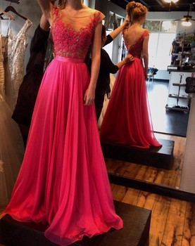 A line vestidos de formatura Appliques Scoop Cap Sleeve Cheap Evening Gowns 2018 Long Elegant Backless Red Prom Dresses