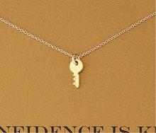 Venda quente novo ouro do vintage adorável chave colar pendente confiança é mini amarelo ouro chave coração colar para jóias femininas