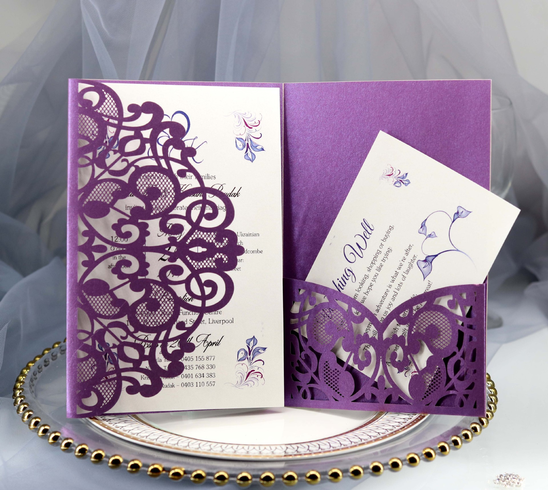 100pcs Laser Cut Wedding Invitations Card European Elegant Tri Fold Lace Business Greeting Cards Wedding Party Favors Supplies in Cards Invitations from Home Garden