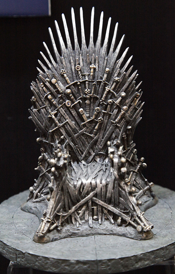 Game of Thrones action figure Throne figures chair model a song of ice and fire models sword desk decoration present chirstmas
