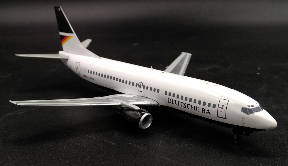 new Fine AV200 1: 200 German Airways Boeing 737-300 D-ADBB Alloy passenger model Collection model Holiday gifts bbox200 1 200 american frontier airlines boeing 737 200 aircraft model n1pc alloy collection model