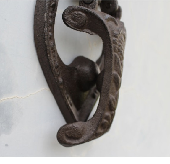 Image 2 - 13.5x3.5x22.5cm Vintage iron angel door handle  courtyard Home Furnishing mural ornaments-in Hooks & Rails from Home & Garden