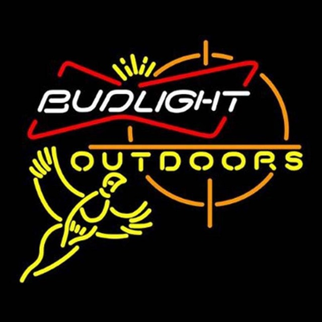 Bud Light Outdoors Pheasant Hunting Neon Light Sign Beer Bar
