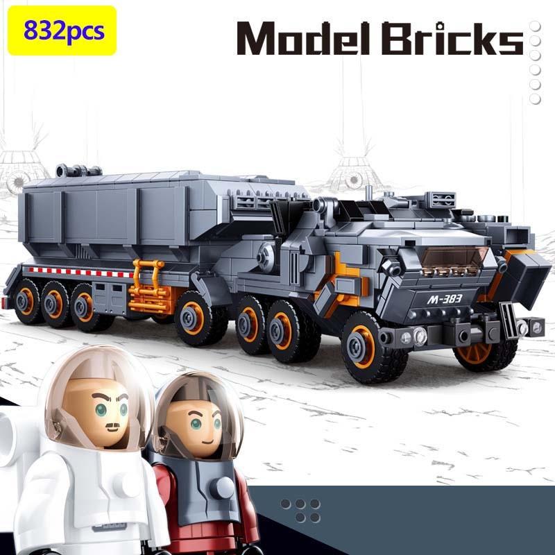 832pcs Science fiction movies Moon super Van mini astronaut Action figures Building Blocks Bricks Toys For
