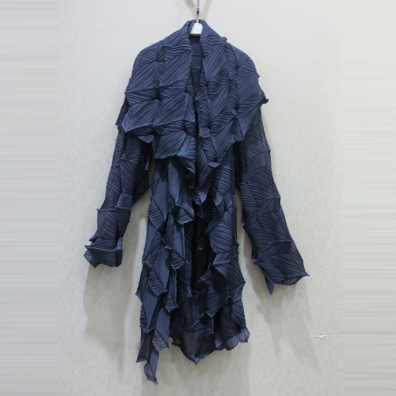 Changpleat Осенняя Женская куртка 2017 Miyak плиссированная модная большая растягивающаяся Женская куртка Кардиган с длинным рукавом Асимметричная